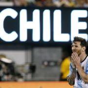 Staatschef Macri bittet Messi um Verbleib in Nationalelf (Foto)