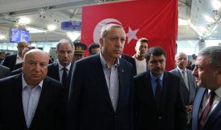 Der türkische Präsident Recep Tayyip Erdogan besucht den Atatürk Airport in Istanbul am 2. Juli 2016. (Foto)