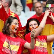 Vor dem Achtelifnale gegen Italien herrschte beim spanischen Fanlager noch Zuversicht.