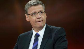 """Bei """"Wer wird Millionär"""" weiß Günther Jauch scheinbar alles. Doch wie schlau ist er selbst? (Foto)"""