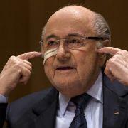 Krebs-Schock! So geht es dem Ex-Fifa-Boss nach seiner OP (Foto)