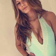 Bachelor-Kandidatin zeigt Brüste für die deutsche Nationalmannschaft (Foto)
