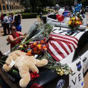 Polizistenmörder hortete Waffen und Bombenmaterial (Foto)