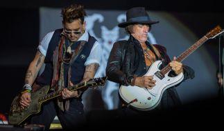 """Joe Perry erlitt Medienberichten zufolge einen Herzstillstand während eines Konzerts seiner Band """"Hollywood Vampires"""". (Foto)"""