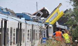 Bei einem Zugunglück in Italien sind mindestens 27 Menschen gestorben. (Foto)
