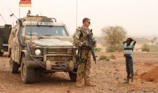 Ein deutscher Blauhelmsoldat während einer Patrouille in der Stadt Gao im Norden Malis. (Foto)