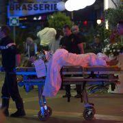 Dem Staatschef zufolge gab es bisher keine Hinweise auf Komplizen. Unter den Toten seien auch Kinder.