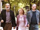 """In """"Wir sind die Neuen"""" lassen Eddi (Heiner Lauterbach), Anne (Gisela Schneeberger) und Johannes (Michael Wittenborn) ihre alte Studenten-WG wieder aufleben. (Foto)"""