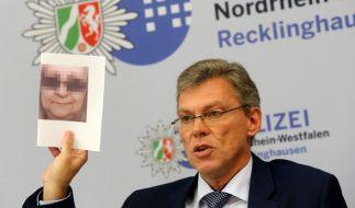 Polizeiführer Holger Haufmann am Donnerstag bei einer Pressekonferenz zur Lidl-Erpressung. Polizei und Staatsanwaltschaft veröffentlichten nun neue Informationen zu den verhafteten Tätern. (Foto)