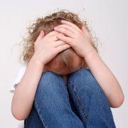 Onkel zwingt Nichte mit dreister Lüge zum Sex (Foto)