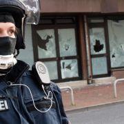 Polizei stürmt Hotspot radikaler Salafistenszene (Foto)