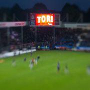 Jahn Regensburg feiert perfekte Rückkehr in dritte Liga (Foto)