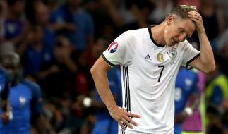 Kapitän Bastian Schweinsteiger beendet seine Karriere in der deutschen Fußball-Nationalmannschaft. (Foto)