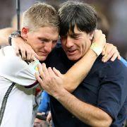 Lieber Basti, nicht nur Bundestrainer Jogi Löw wird die schmerzlich vermissen. Dein Einsatz war immer vorbildlich.