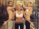 Wasser marsch! Auch Helene Fischer nahm an der Ice Bucket Challenge teil. (Foto)