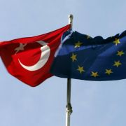 Türkei fordert Visumfreiheit - Platzt jetzt der Flüchtlingspakt? (Foto)