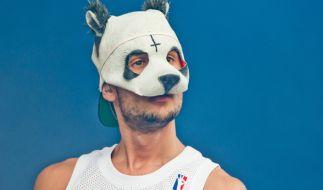 Der Rapper Cro zeigt sich in der Öffentlichkeit nie ohne seine Maske. Wird sich das bald ändern? (Foto)