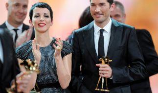 """2012 nahm Stefan Gödde für """"The Voice of Germany"""" die Goldene Kamera entgegen. (Foto)"""