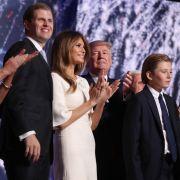 Einfach abgeknallt! Trumps Söhne posieren mit toten Tieren (Foto)