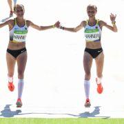Gemeinsamer Zieleinlauf! Derbe Kritik am Jubel der Hahner-Zwillinge (Foto)