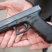 Mutmaßlicher Waffen-Verkäufer festgenommen (Foto)