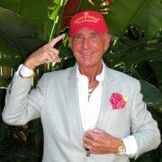 Königliche Verwandlung! Vom Saunabesitzer zum Prinz Hollywood (Foto)