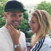 Hockey-Star Mo schwelgt privat mit gleich 3 Frauen im Glück (Foto)