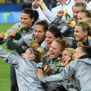 DFB-Mädels holen GOLD! Perfekter Abschluss für Sylvia Neid (Foto)