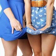 2.000 Nacktfotos! Pornoring macht Jagd auf Schülerinnen (Foto)