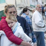 247 Tote nach schwerem Erdbeben! (Foto)