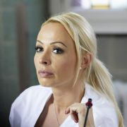 So wird Cora zur sexy Krankenschwester (Foto)