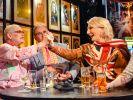 """In derLive-Talkshow """"Der Klügere kippt nach"""" schenkte sie sich und anderen reichlich Alkohol ein, ging damit aber baden. Die Show wurde abgesetzt. (Foto)"""