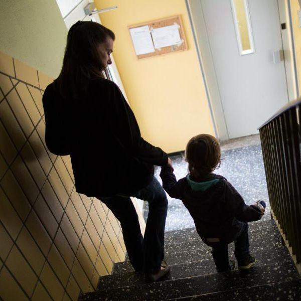 Welche Rechte haben Alleinerziehende bei der Arbeit? (Foto)