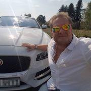 Mallorca-Jens protzt mit teurem Jaguar (Foto)