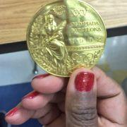 Mädchen (7) findet seine Olympia-Goldmedaille wieder (Foto)