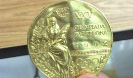 Joe Jacobi hat endlich seine Goldmedaille wieder. (Foto)