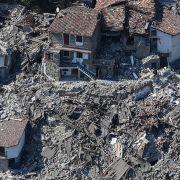 """""""Charlie Hebdo"""" macht sich über Erdbeben-Opfer lustig (Foto)"""