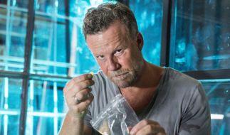 Stets extrem: Unter der Aufsicht eines Drogenexperten wird Jenke die Wirkung verschiedener Drogen ausprobieren. (Foto)