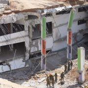 Unter Trümmern begraben! Tiefgarage stürzt ein (Foto)