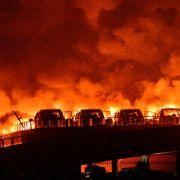 Feuerteufel in Magdeburg! 18 Autos niedergebrannt (Foto)