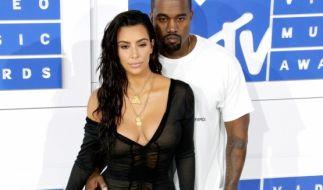 Kim Kardashian zeigt gern sehr viel - wie hier bei den VMAs 2016. (Foto)