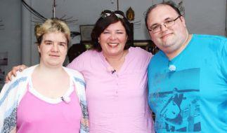 Vera Int-Veen (M.) mit Beate und Ingo. (Foto)