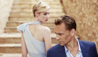 Beginnen eine gefährliche Affäre: Jed Marshall (Elizabeth Debicki) und Jonathan Pine (Tom Hiddleston). (Foto)