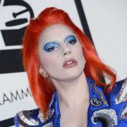 Pop-Diva total verändert! Ihre schrillsten Outfits (Foto)