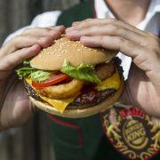 Zum Oktoberfest! Burger King verkauft jetzt Bier-Burger (Foto)