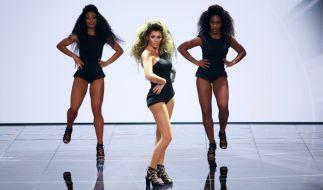 """""""All the Single Ladies""""... Outfit und Frisur scheinen bei Sabia schon einmal zu passen. (Foto)"""