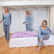Was tun gegen Kribbeln und Schmerzen in den Beinen? (Foto)