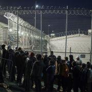 Chaos auf Lesbos - Flüchtlingslager von Feuer zerstört (Foto)
