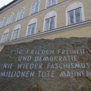 Minister fordert Abriss! Hitler-Haus in Braunau wird enteignet (Foto)