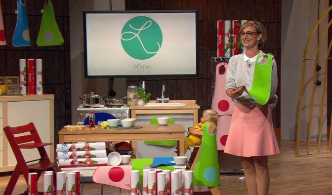 """Eva Schrader (42) hat den sogenannten""""Lalatz"""" erfunden. Dabei handelt es sich um ein extra langes Lätzchen, das auch als Tischset dienen kann und so die Kleidung der Kinder beim Essen sauber halten soll. (Foto)"""